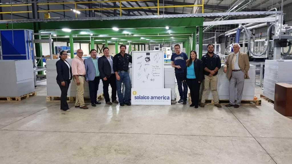 Premier panneau solaire photovoltaïque fabriqué en République Dominicaine par Solaico América