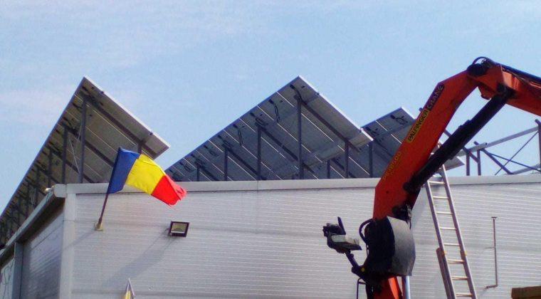 """Solaico proporciona servicios EPC (Engineering, Procurement and Construction), """"llave en mano"""", para la instalación de un sistema completo de techo solar generador de 275 kWp en Rumania."""